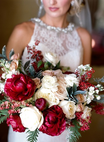 Dark-Red-Peonies-White-Roses-and-Berries