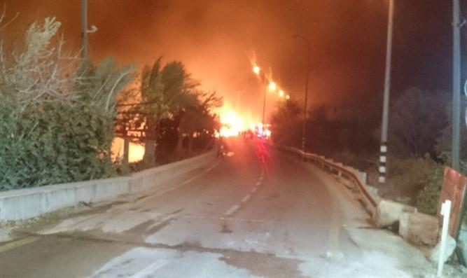 اشتعال الحرائق ليلا فى إسرائيل