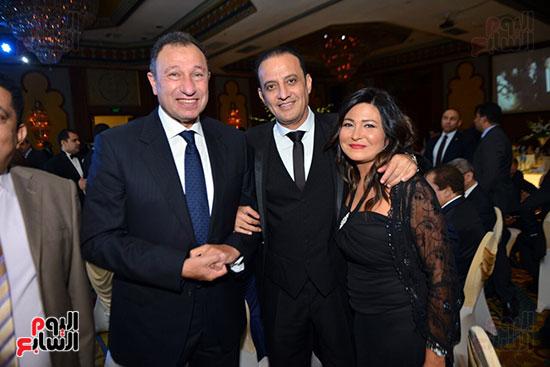 الكابتن محمود الخطيب و الإعلامى طارق علام وزوجته الإعلامية دينا رامز