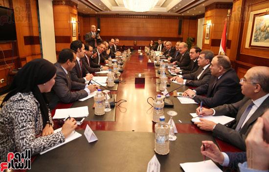 مجلس تحرير اليوم السابع يواجه المجموعة الاقتصادية بالحكومة