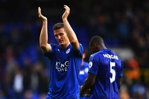 619015430-robert-huth-of-leicester-city-applauds-away-gettyimages-1480227401-800