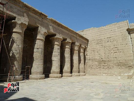 معبد هابو للملك رمسيس الثالث يرصد ملحمة القتال ضد شعوب البحر