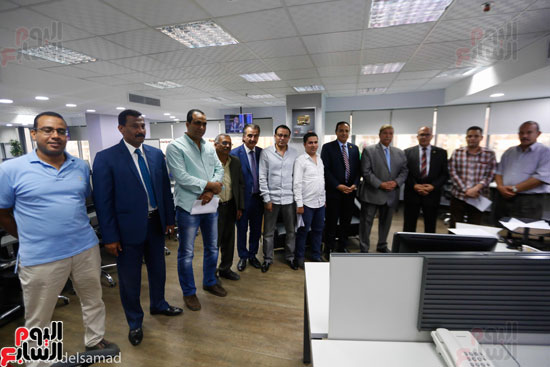 صورة جماعية لمحافظ ونواب الإسماعيلية باليوم السابع