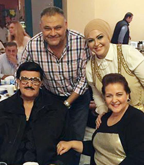 والدا العروس النجمين سمير غانم ودلال عبد العزيز ورباب عبد العاطي ود.سامر