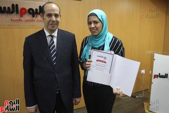 صفوت العالم يسلم شهادات خريجى أكاديمية اليوم السابع (23)