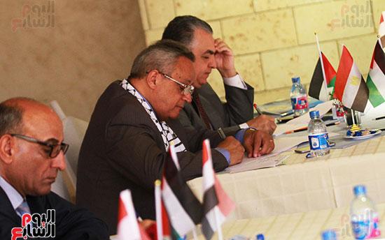 ورشة العمل حول التفاعل الإيجابى بين قطاعات المجتمع المصرى والفلسطينى (14)