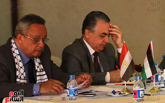 ورشة العمل حول التفاعل الإيجابى بين قطاعات المجتمع المصرى والفلسطينى (6)