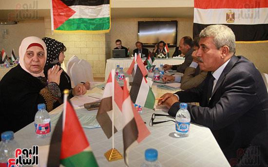 ورشة العمل حول التفاعل الإيجابى بين قطاعات المجتمع المصرى والفلسطينى (17)
