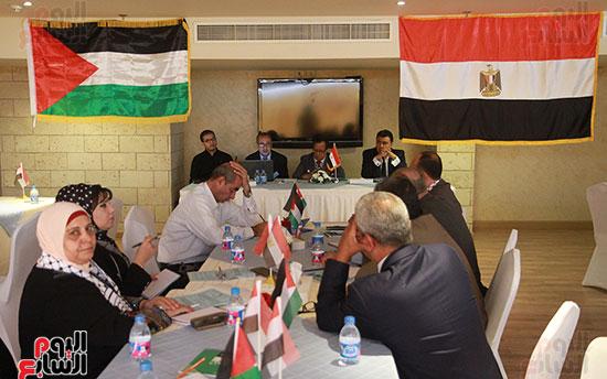 ورشة العمل حول التفاعل الإيجابى بين قطاعات المجتمع المصرى والفلسطينى (1)