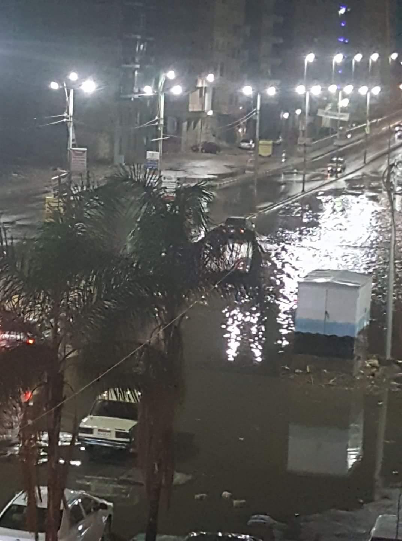 غرق شوارع مدينة كفر الدوار بالبحيرة فى مياة الأمطار