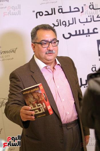 حفل توقيع رواية رحلة الدم للكاتب والإعلامى إبراهيم عيسى (12)