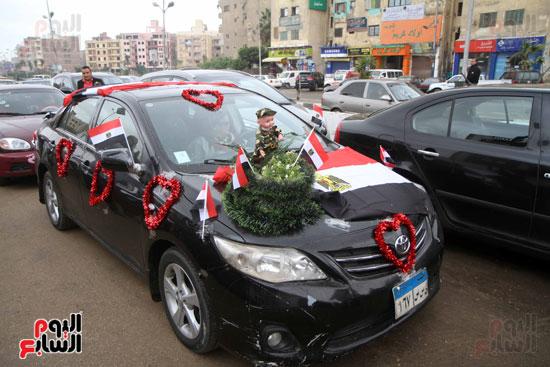 رئيس حى المقطم يتبرع لصندوق تحيا مصر (4)