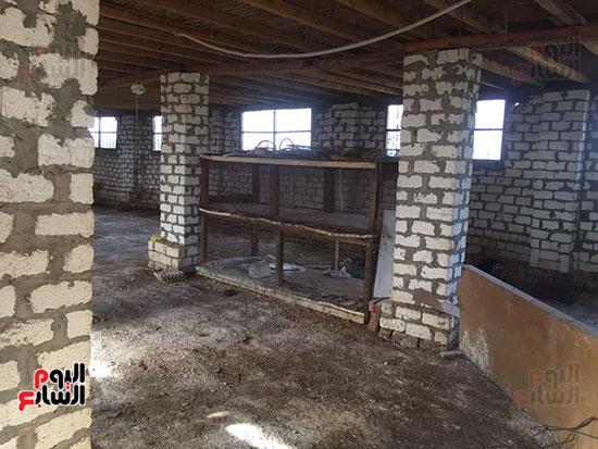 غلق مزرعة بعد غلاء أسعار الأعلاف والأدوية