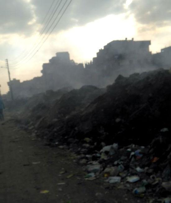ضباب وأدخنة بسبب مقلب القمامة