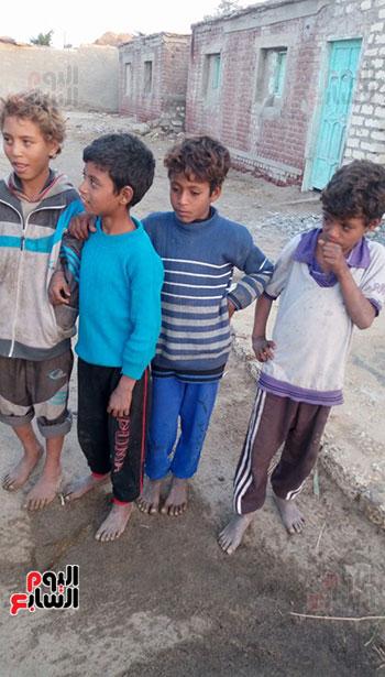 اطفال عزبة الصعايدة بالشرقية  (4)