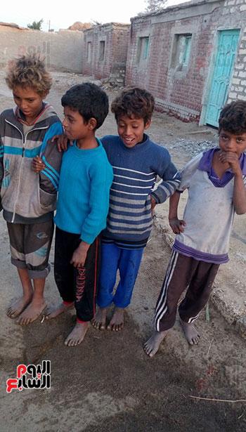 اطفال عزبة الصعايدة بالشرقية  (7)