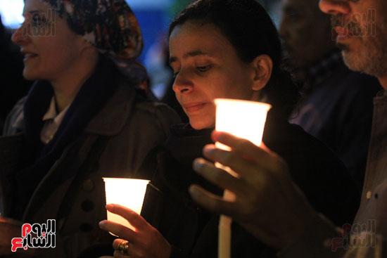 وقفة بالشموع لشهداء البطرسية (3)