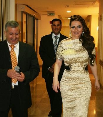 ديانا كرزون بفستان من تصميم يوسف الجسمى