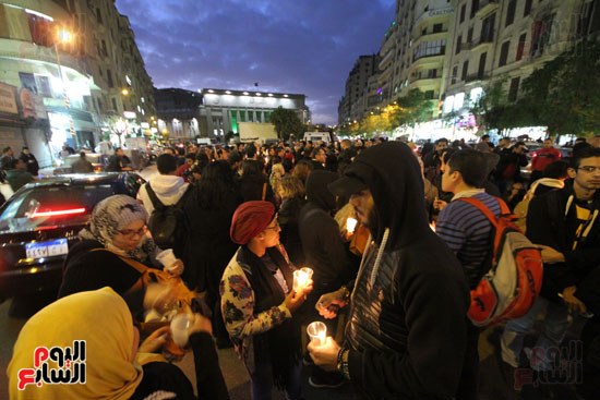 وقفة بالشموع لشهداء البطرسية (17)