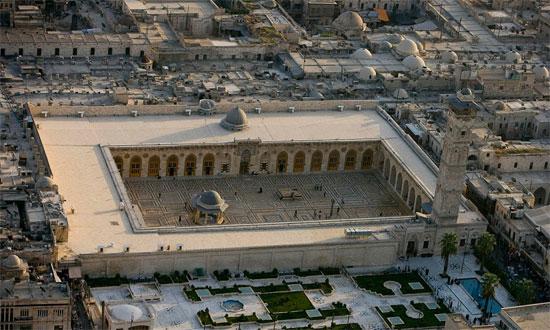 المسجد من الأعلى