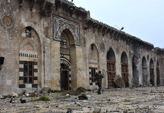 الدمار فى المسجد