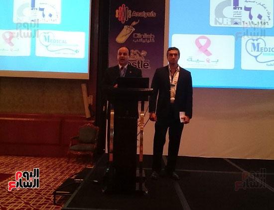 ختام الملتقى الأول لتسويق البحوث الطبية بحضور 10 شركات تجارية لتنفيذها (1)