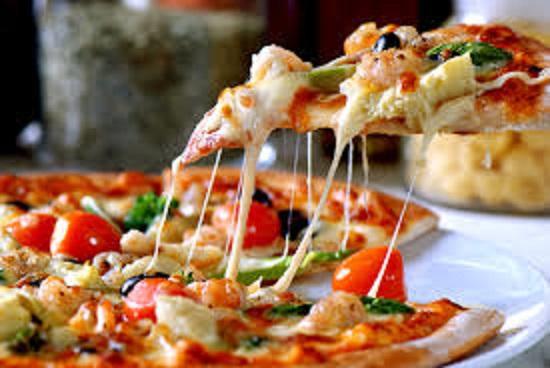 طريقة عمل البيتزا7