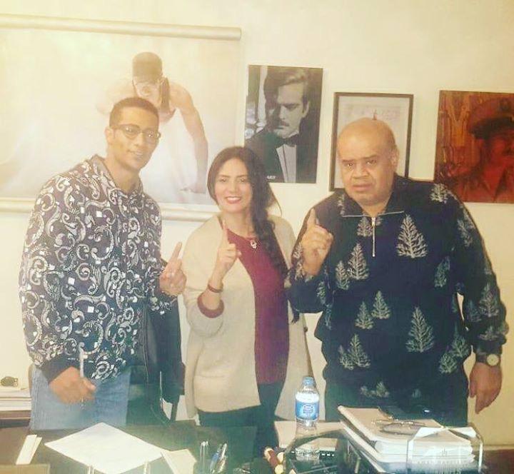 محمد رمضان مع المخرج حسين ابرايهم والمنتجة أمل عبد الحميد