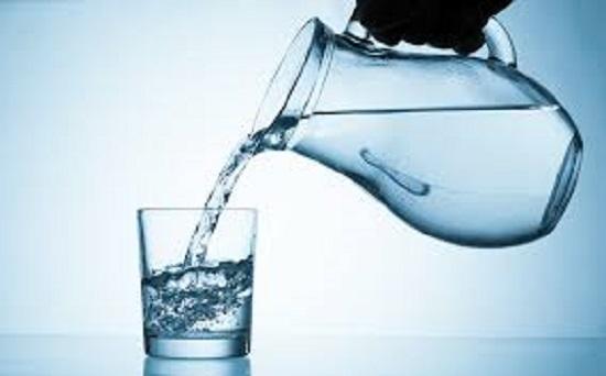 شرب الكثير من الماء