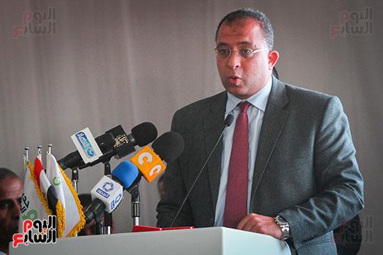 أبو هشيمة و3 وزراء ومحافظ أسوان يفتتحون إعادة إعمار قرية توشكى (37)
