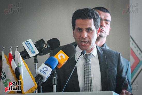 أبو هشيمة و3 وزراء ومحافظ أسوان يفتتحون إعادة إعمار قرية توشكى (27)