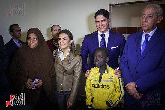 أبو هشيمة و3 وزراء ومحافظ أسوان يفتتحون إعادة إعمار قرية توشكى (13)