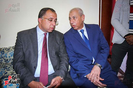أبو هشيمة و3 وزراء ومحافظ أسوان يفتتحون إعادة إعمار قرية توشكى (17)