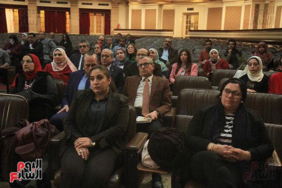 جامعة القاهرة تكرم أعضاء جدد من هيئة التدريس المنشورة أبحاثهم دوليا (2)