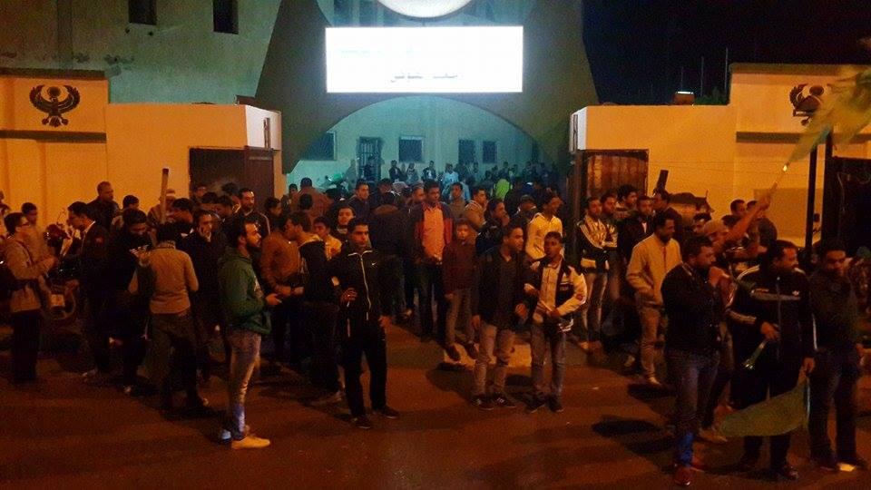 اجواء مباراة المصري والاهلي من امام استاد بورسعيد2