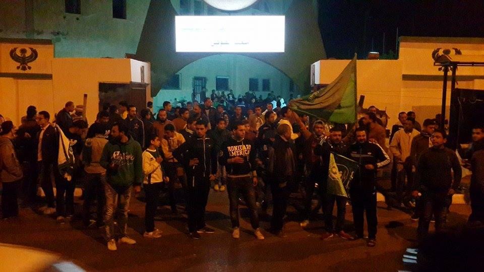 اجواء مباراة المصري والاهلي من امام استاد بورسعيد1