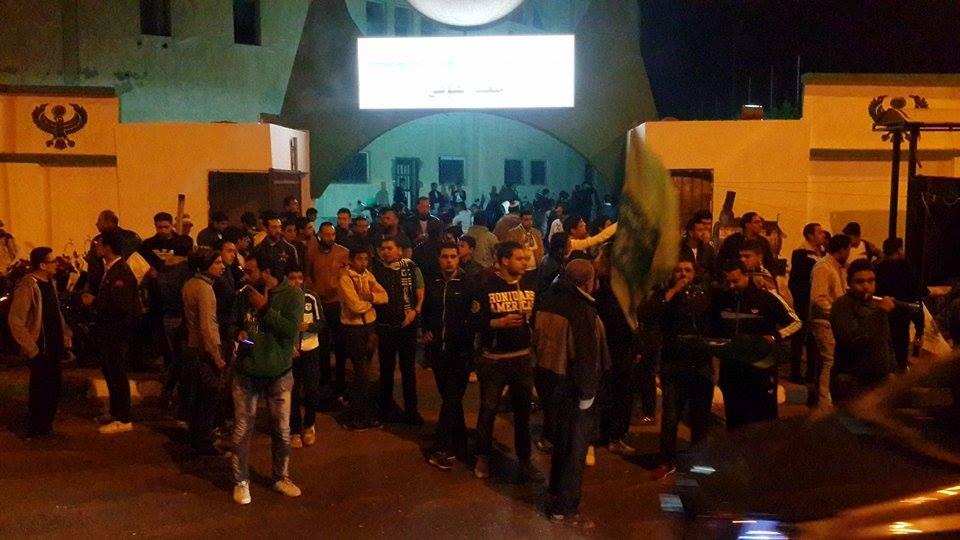 اجواء مباراة المصري والاهلي من امام استاد بورسعيد