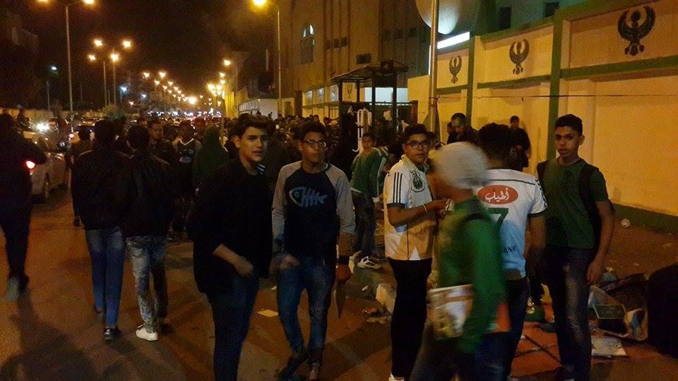 اجواء مباراة المصري والاهلي من امام استاد بورسعيد3