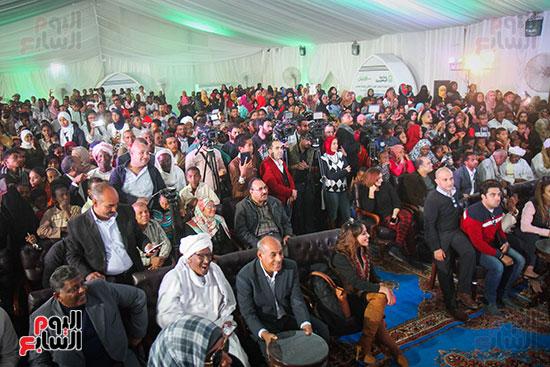 أبو هشيمة و3 وزراء ومحافظ أسوان يفتتحون إعادة إعمار قرية توشكى (46)