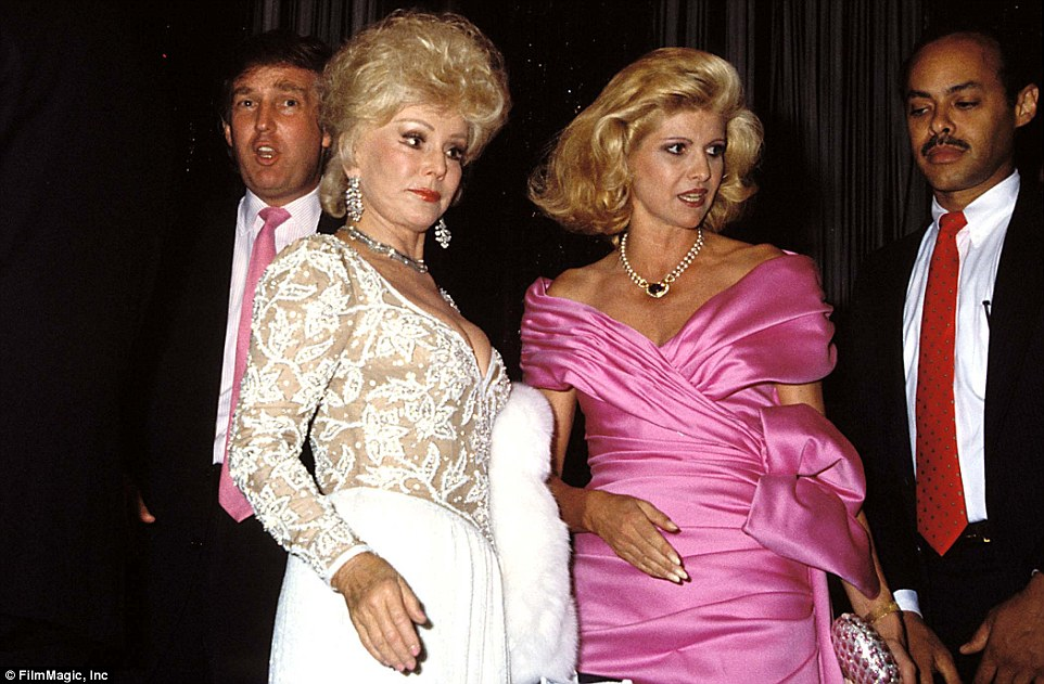 3B80408400000578-4047704-Gabor_was_a_well_known_Hollywood_socialite_alongside_her_sister_-a-39_1482145654774