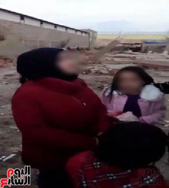 اتجار بطفلة لتصوير مشاهد مفبركة (2)