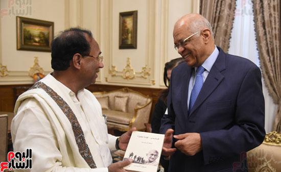 على عبد العال يستقبل رئيس المجلس التشريعى لولاية أندرا براديش الهندية (3)
