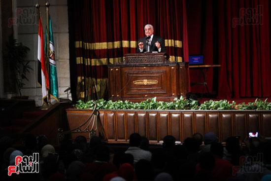 زاهى حواس جامعة القاهرة جابر نصار (22)