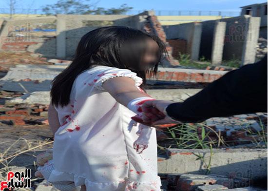 اتجار بطفلة لتصوير مشاهد مفبركة (6)