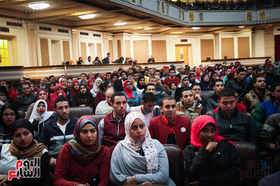 زاهى حواس جامعة القاهرة جابر نصار (2)