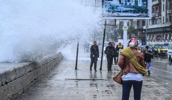 الامواج والنوه فى الاسكندرية