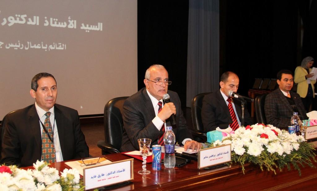 رئيس جامعة طنطا فى مؤتمر الرياضيات والإحصاء وتكنولوجيا المعلومات