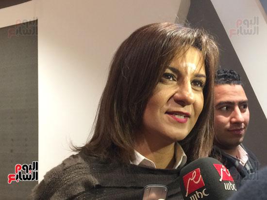 نبيلة مكرم وزير الدولة  لشئون الهجرة تترأس وفد لاجتماع  بالفريق مهاب  مميش