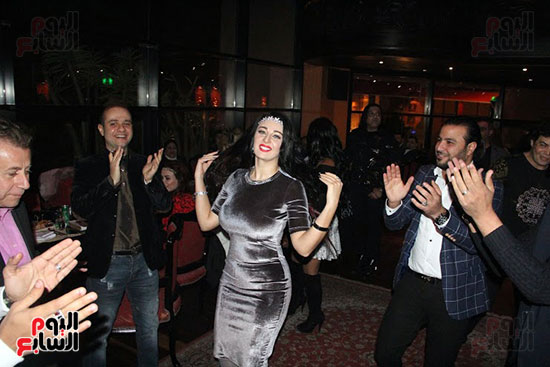 وصلة رقص لصوفينار