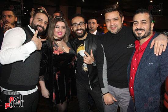 جمال شوقى وأحمد عبد العزيز ومصطفى أبو دشيش وشقيقه صوفينار